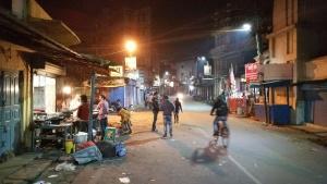 Ranchi en soirée - La poussière et la pollution en suspension dans l'air peuvent effrayer...